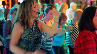 Dance lessons w/Claudia