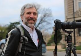 Ed Crim, leader of the Saint Louis Photo Club.