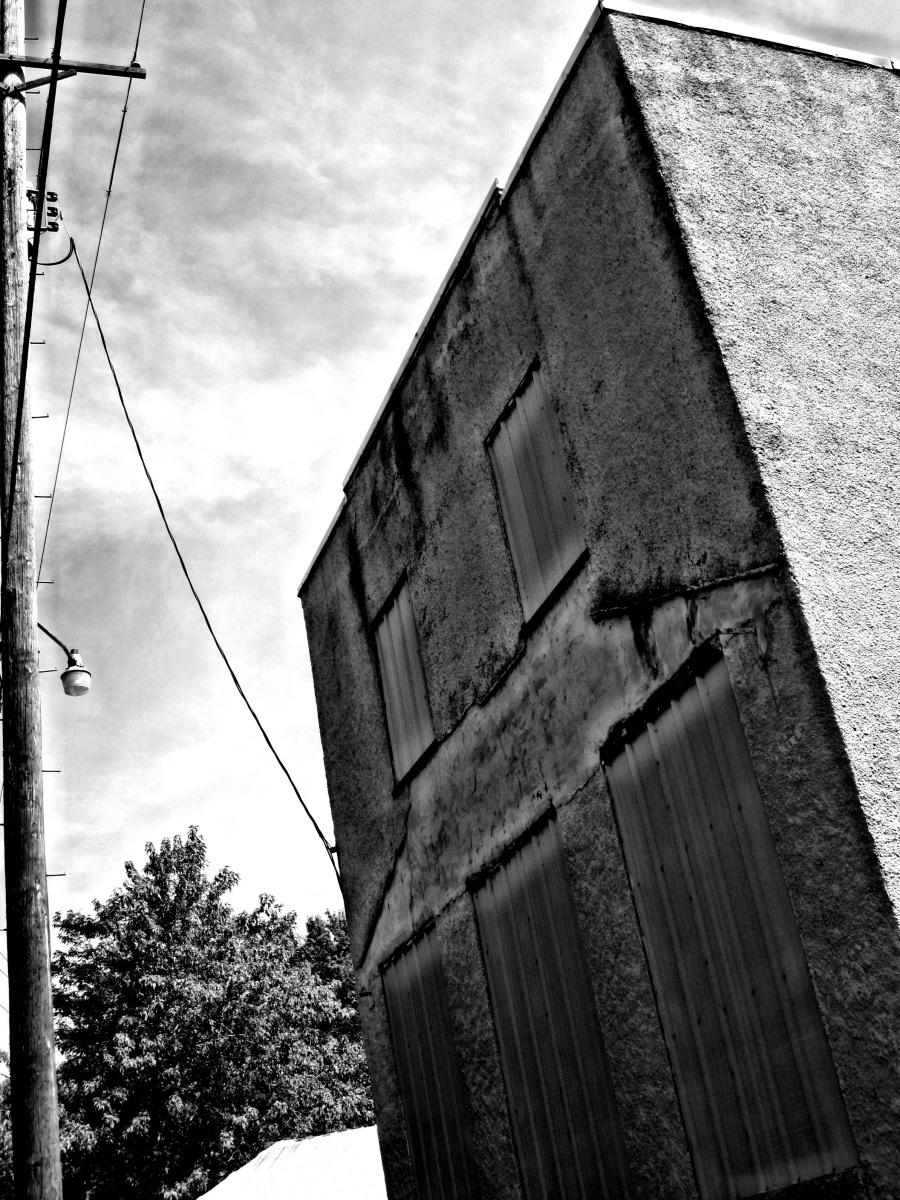 Zombie Road – Hauntings on theMeramec